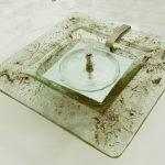 Zimmerbrunnen mit eingeschmolzenen Metallen