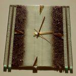 Wanduhr 32x32 cm, strukturiertes Glas, Gold